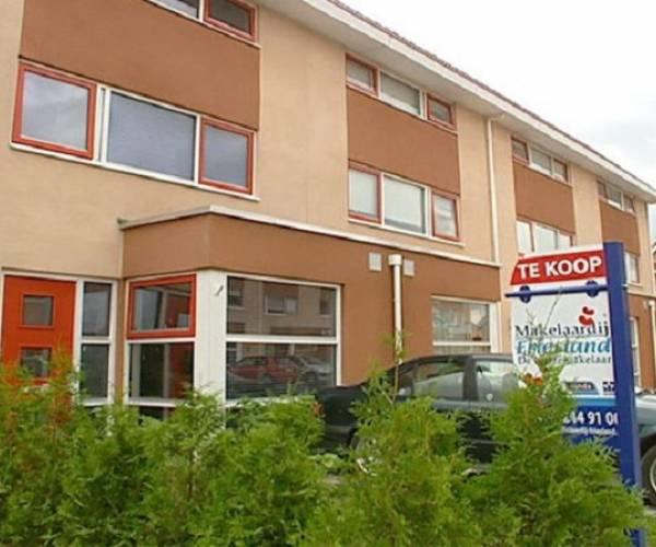 Minder huizen verkocht in Fryslân, prijzen wel omhoog