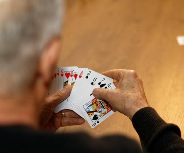 Train je hersenen met kaartspellen: een beter geheugen en een betere behendigheid
