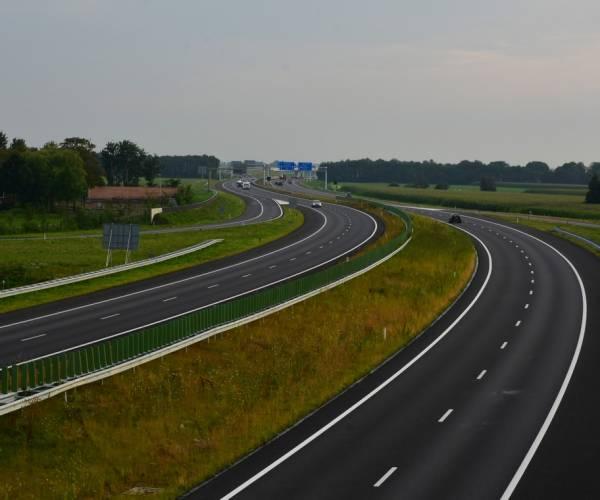 ANWB verwacht vrijdag drukte op Friese wegen door vakantiegangers
