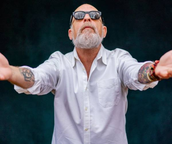 'Op het Lewinski podium' met Amerikaanse Singer-songwriter Jerry Joseph