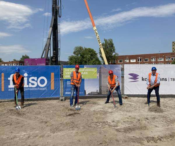 Eerste schop de grond in voor nieuwbouw 270 studentenwoningen