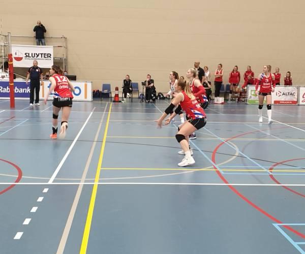 VC Sneek pakt eerste overwinning in kampioenspoule tegen Zwolle
