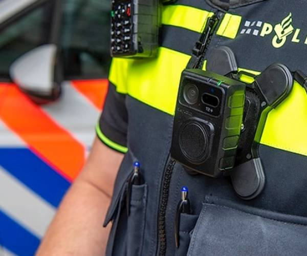 Nieuwe bodycams politie in zomer 2021 volledig operationeel