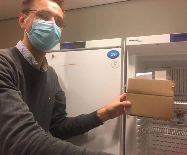 Eerste coronavaccinatie gezet in het Antonius Ziekenhuis