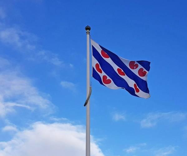 Alles wat je moet weten over de Friese vlag en de vlag van Sneek