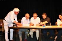 Prijs den Heer' met blijde galmen verstomd in Zuiderkerk: Orgel gaat naar Polen