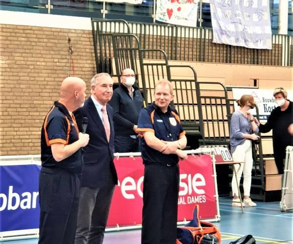 Gerenommeerd volleybalscheidsrechter Jan Rinksema neemt afscheid in Sneek