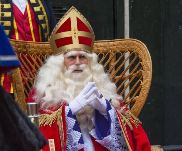 Geen traditionele Sinterklaasintocht in Sneek