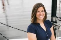 """""""Wij hebben veel innovaties in huis, zo staat er bij ons een volledig 3D geprinte sloep"""", aldus Eva Meijer van Hoora Watersport"""