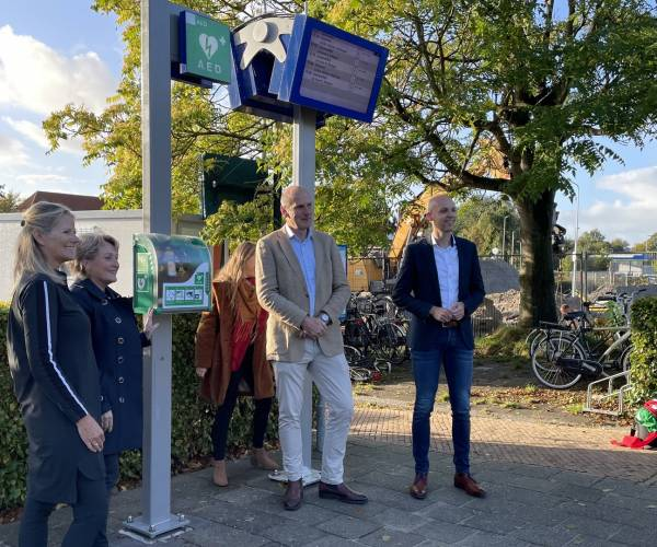 AED's op alle Friese stations:
