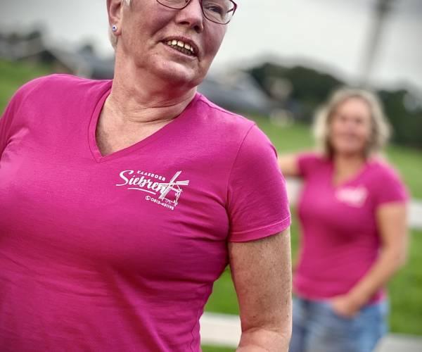 Kaasboer Siebren in actie voor borstkankeronderzoek tijdens Pink Ribbon-maand