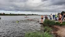 SlowTriathlon gestart bij Gaastmeer: sportief, maar plezier staat voorop