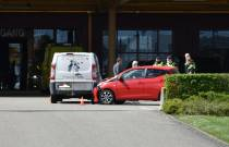 Ongeval op parkeerterrein groothandel Hanos in Heerenveen