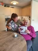 'Glossy' zorgstudenten Friesland College voor eenzame ouderen