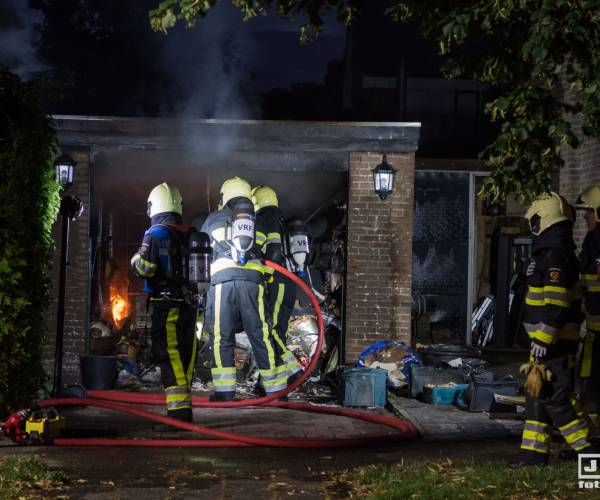 Brand in garagebox Scherhemstraat