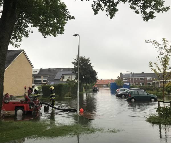 Wetterskip zet extra pompen in bij Woudsend